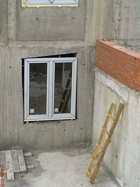 Окно в проёме