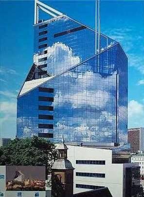 Офисно-банковское здание