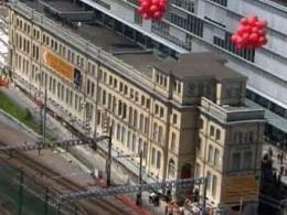 В Цюрихе по рельсам перевезут сооружение весом 6200 тонн