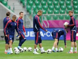 Специалисты жилищного рынка предрекли РФ полуфинал Евро-2012