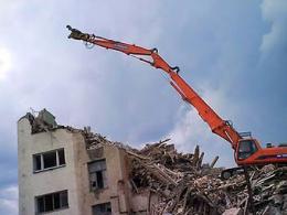 """С середины года в городе Москва обрушили более 20 """"хрущевок"""" и запасных зданий"""