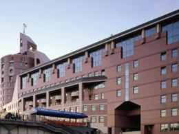 В течение года аренда кабинетов повысилась в цене в центре Города Москва и подорожала на провинции