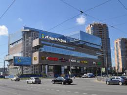 За квартал в Санкт-Петербурге раскрыли 3 коммерческих центра