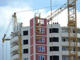 Власти Московской области ощутимо пополнили перечень трудных строителей