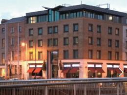 Hilton примет в распоряжение ирландский отель Батуриной