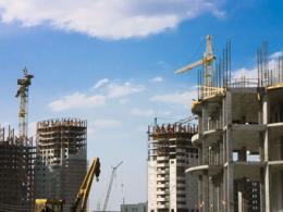В городе Москва и Санкт-Петербурге в два раза повысились масштабы строительства жилья
