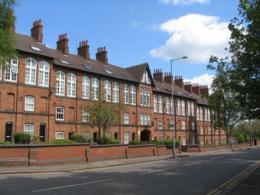 В Англии ощутимо повысились реализации приватных зданий