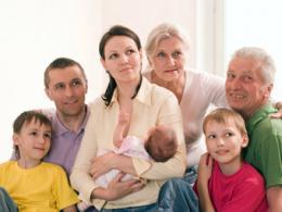 Многодетным семьям Санкт-Петербурга в течение года предоставят более 700 квартир