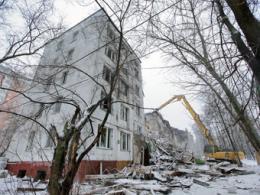 В течение года в Санкт-Петербурге обрушили 66 обветшалых пятиэтажек