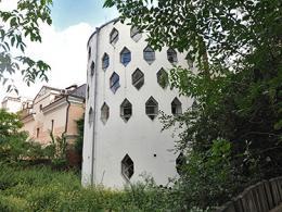 Открытию музея Мельниковых может воспрепятствовать потомственный конфликт