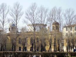 Функционеры достигли отмены возведения высотки у Чесменского дворца