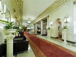 """Трибунал отказался признать отель """"Русский"""" государственной собственностью"""