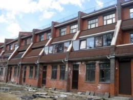 Коттеджи подвинули коттеджи на рынке дачного жилища Санкт-Петербурга