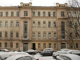 В столичной имению остановили нелегальные стройработы