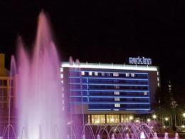 2 большие мировые отельные организации соединились