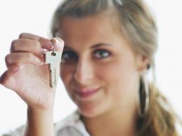 В городе Москва девушки стали брать ипотеку намного чаще парней